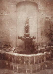 Jacks_-_The_Commissioners_Fountain_-_bromoil-silver_gelatin_print