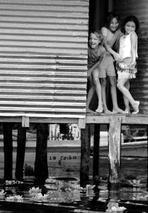 Joe Galindo, Girl posing, photograph